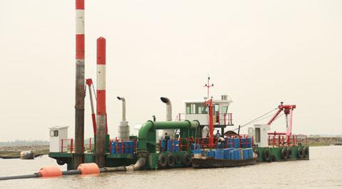 maintaining-navigability-of-mongla-ghasiakhali-channel-for-dreging-work-2